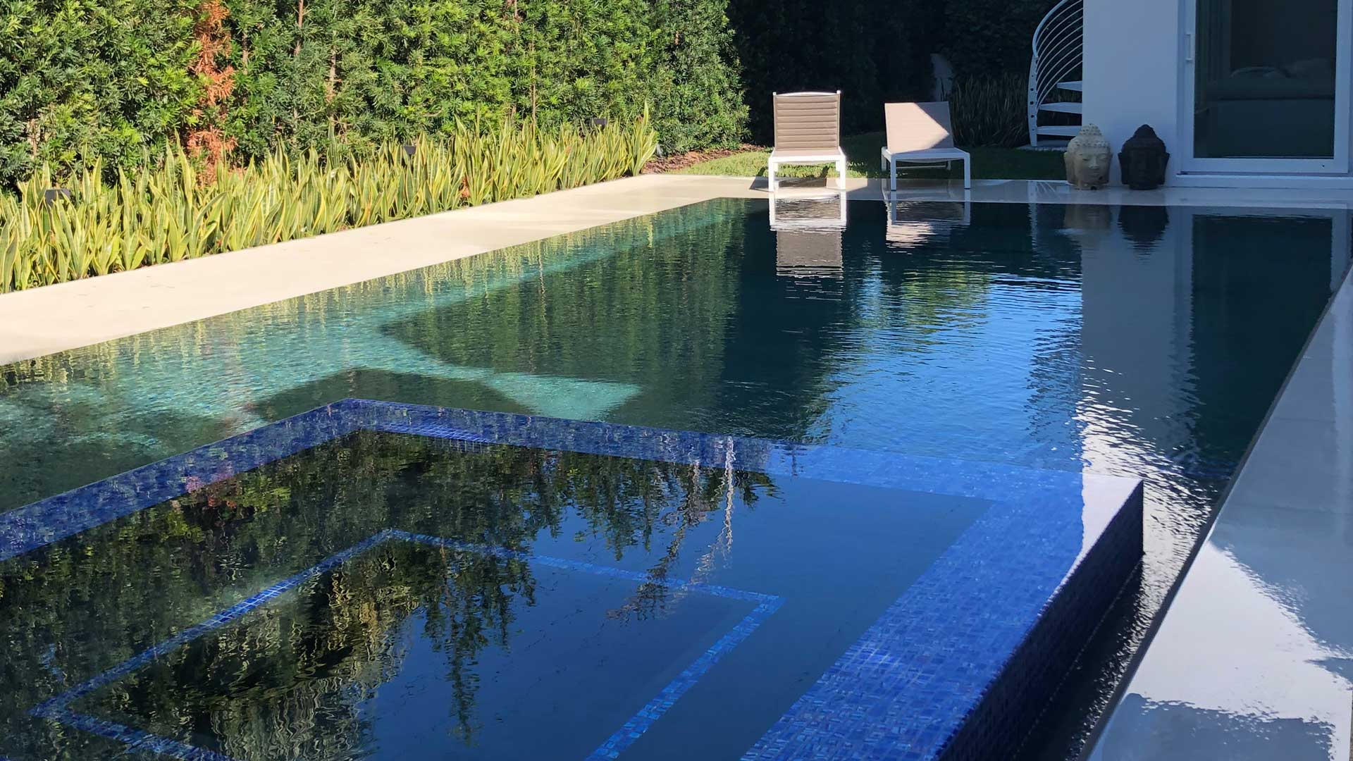 Green Pool Solution Acquality Pool Service
